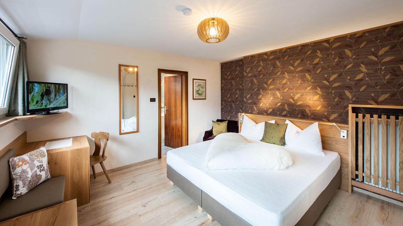 hotel-tiffany-zimmer-001.jpg